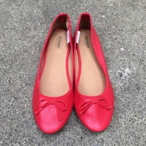 Old Navy red slip on ballet shoe size 9